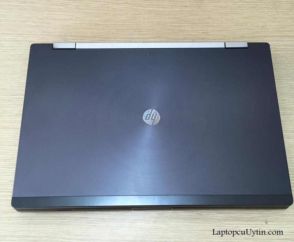 Laptop cũ HP Elitebook 8560W (Core i5-2540M, RAM 4GB, HDD 320GB, Quadro 1000M, 15.6FHD)